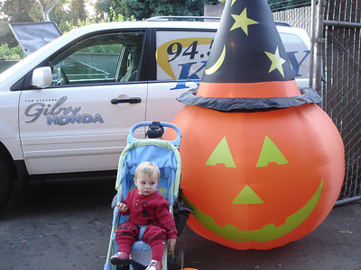 Trick-or-treating at Happy Hollow