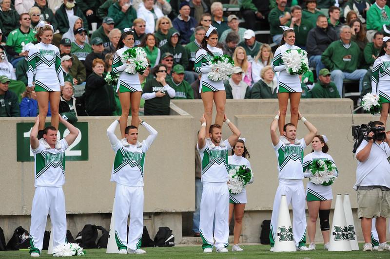 cheerleaders0404