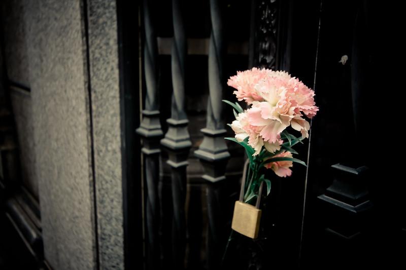 recoleta-flowers_5735743302_o.jpg