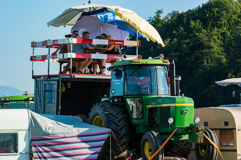 Tractor Pulling 2015-9016.jpg