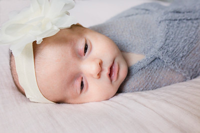 Bella Benoit - Newborn session