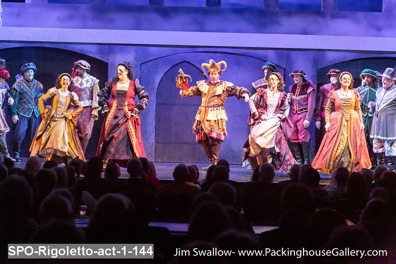 SPO-Rigoletto-act-1-144.jpg
