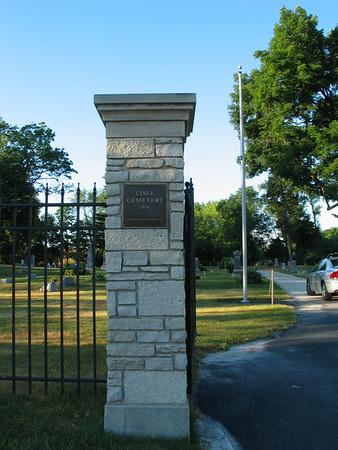Lisle Cemetery, Lisle