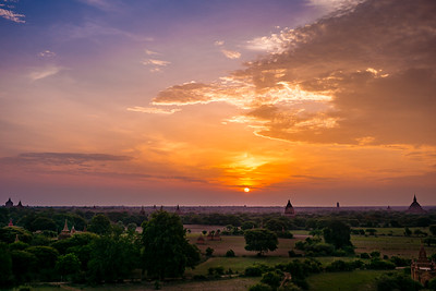 Sunrise on Bagan