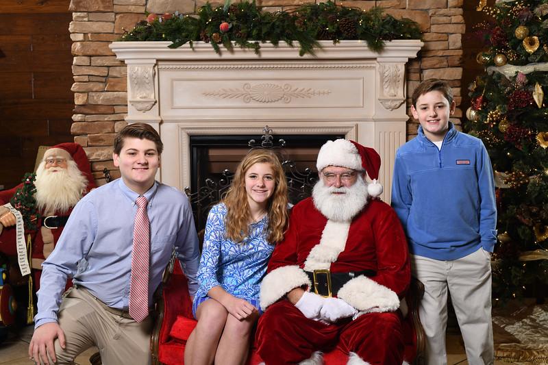Santa2018.TylerBoye.-77.jpg
