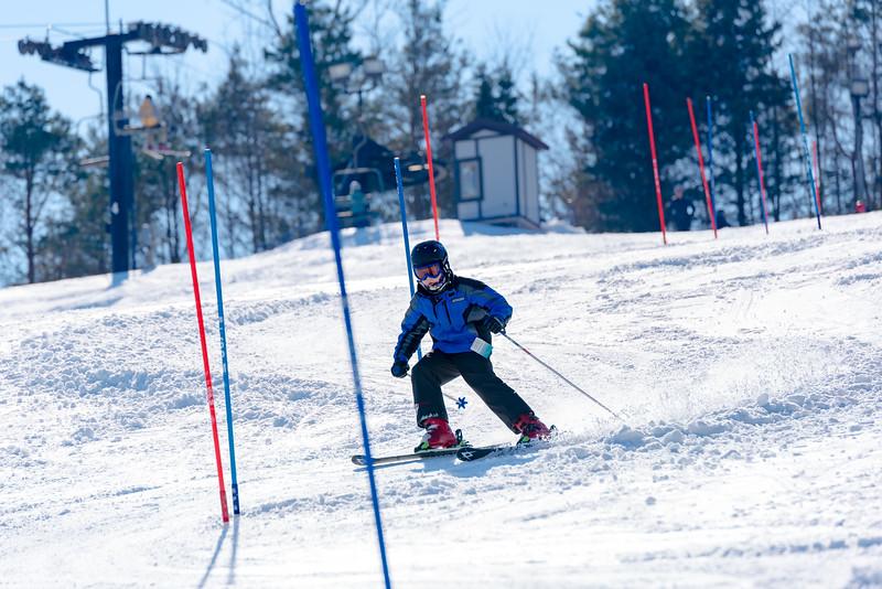 Standard-Race_2-3-18_Snow-Trails-73516.jpg