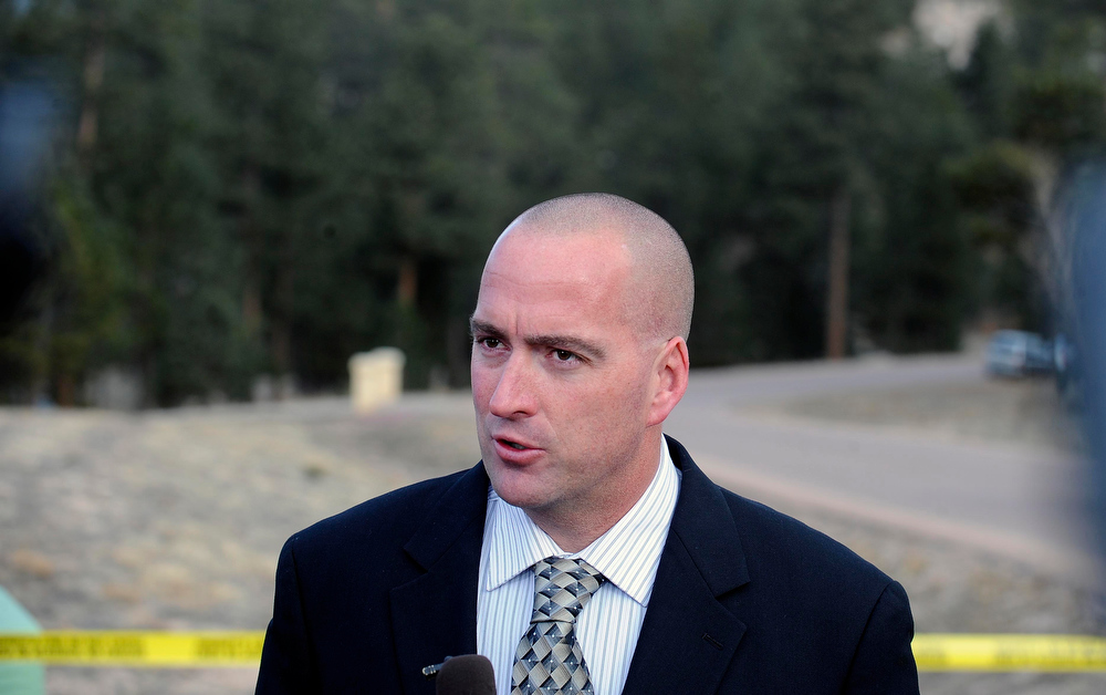 . Lt. Jeff Kramer of the El Paso County Sheriff\'s office gives a press conference near the home of Tom Clements, the executive director of the Colorado Dept. of Corrections, who was shot and killed at his home Tuesday night. (Photo By Steve Nehf / The Denver Post)