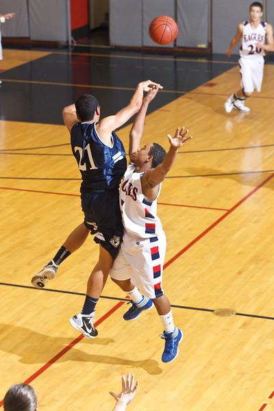 RCS-VarsBoys-Basketball-vs-CPrep.Dec.1.2011-11.jpg