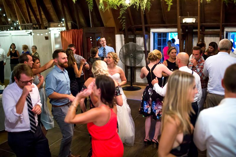 Garrett & Lisa Wedding (715).jpg