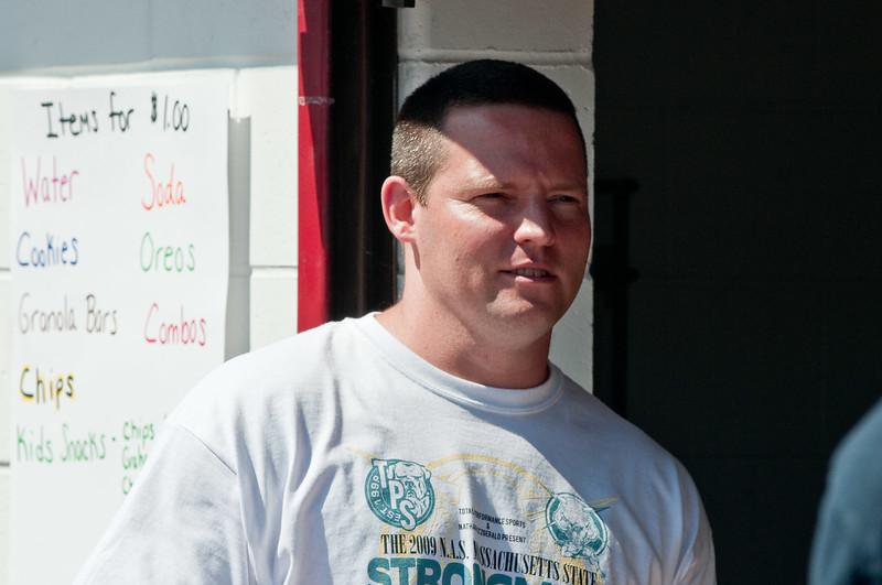 Strongman2009_Staff_DSC1160-1.jpg