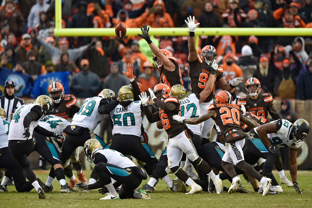 . Jacksonville Jaguars kicker Josh Lambo (4) makes a 39-yard field goal in the second half of an NFL football game against the Cleveland Browns, Sunday, Nov. 19, 2017, in Cleveland. (AP Photo/David Richard)