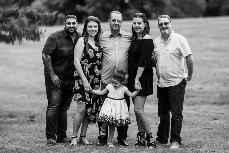 Virdee_family_portraits_ben_savell_photography_harlow_town_park_june_2017-0004.jpg