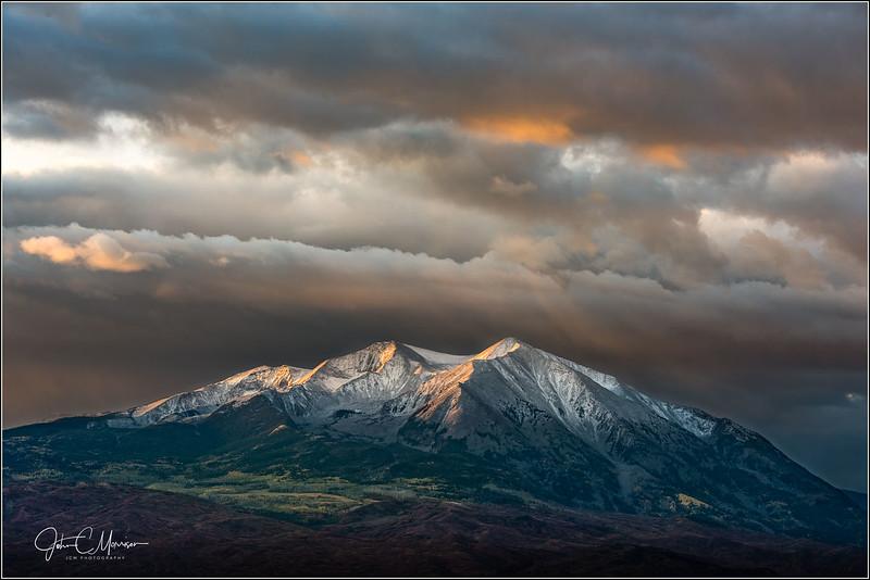 JM8_7658 Mt Sopris sunrise LPN r1.jpg
