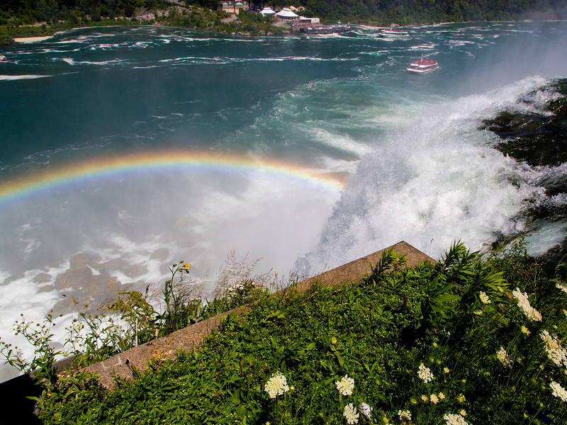 Rainbow below Niagara