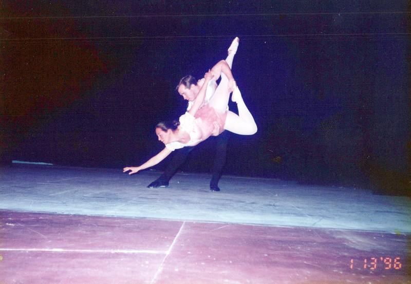 Dance_2187_a.jpg