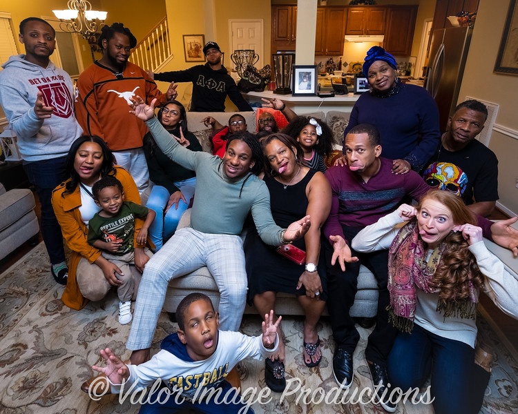 ©2019 Valor Image Productions Thankgiving Eve-14585.jpg