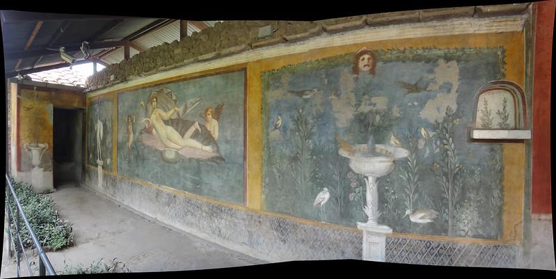 Mural walls villa pompei.jpg