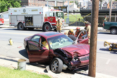 MVA, Two Vehicles, One was Parked, US209, Lansford (5-26-2013)