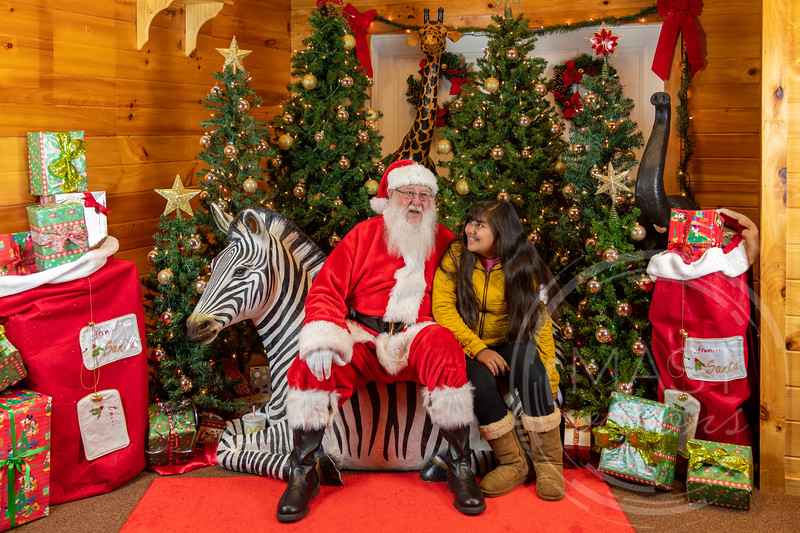 2019-12-01 Santa at the Zoo-7386.jpg