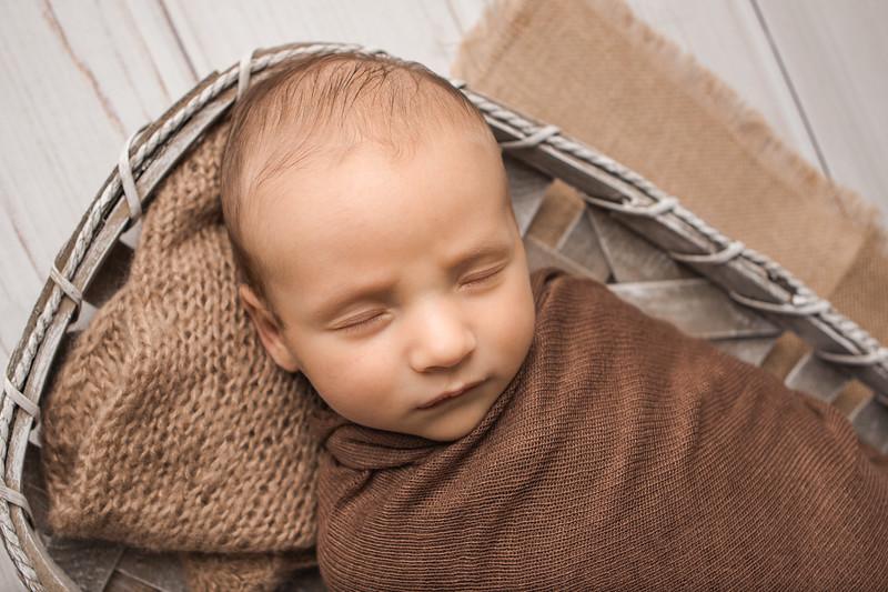 Jaxon newborn session-3.jpg