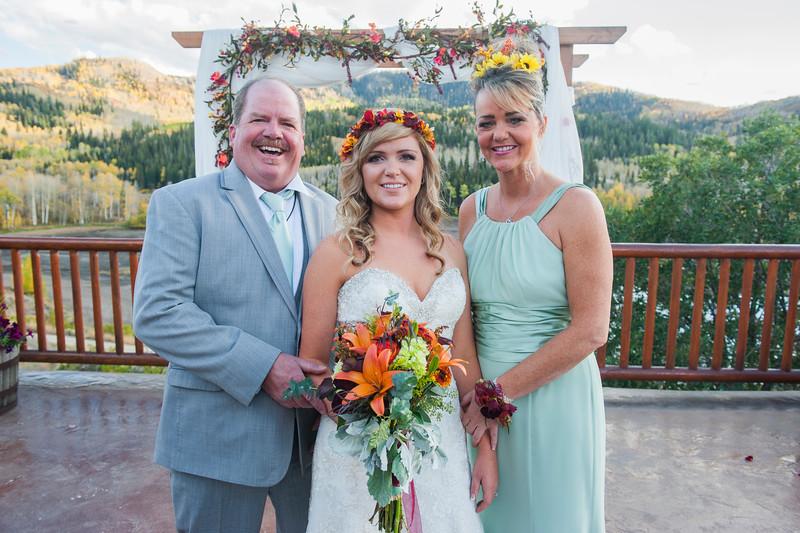 Jodi-petersen-wedding-350.jpg