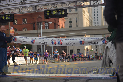 Marathon Finishers Gallery 2 - 2016 Detroit Marathon