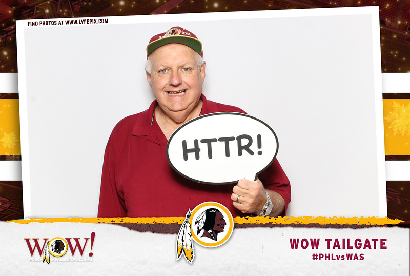 washington-redskins-philadelphia-eagles-wow-fedex-photo-booth-20181230-010851.jpg