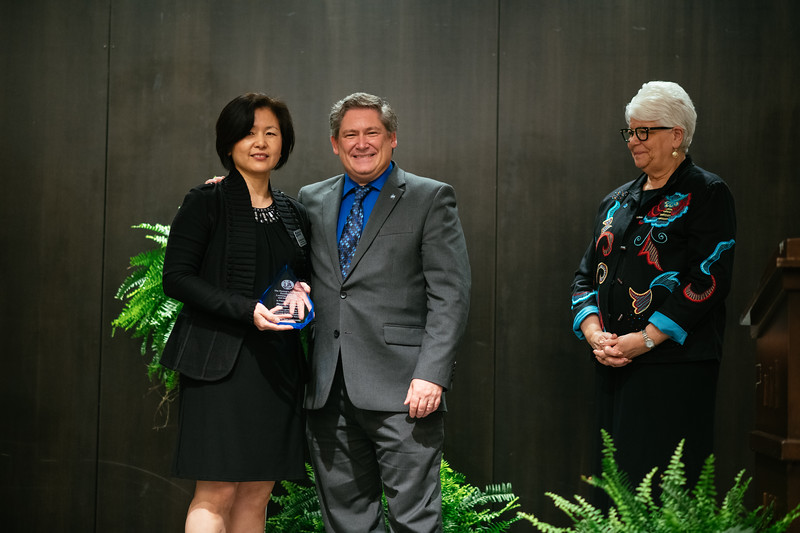 20190425_Faculty Awards-5908.jpg
