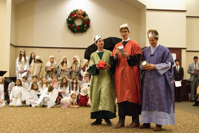 2017-12-17-Christmas-Pageant_232.jpg