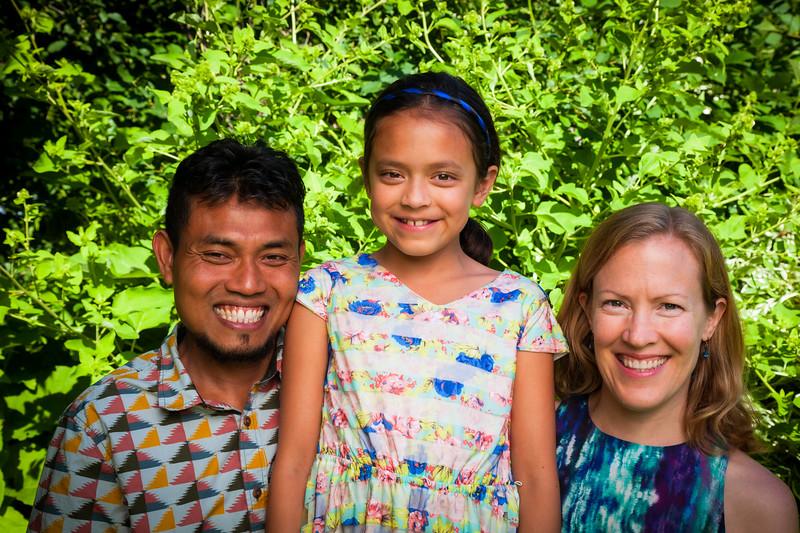 Sonja and Family-18.jpg