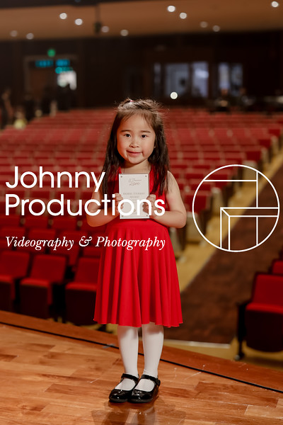 0038_day 1_award_red show 2019_johnnyproductions.jpg