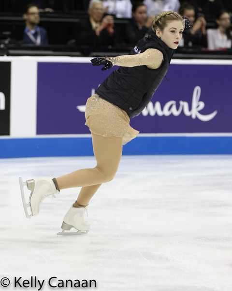 Gracie Gold warms up for her free skate in Kansas City.