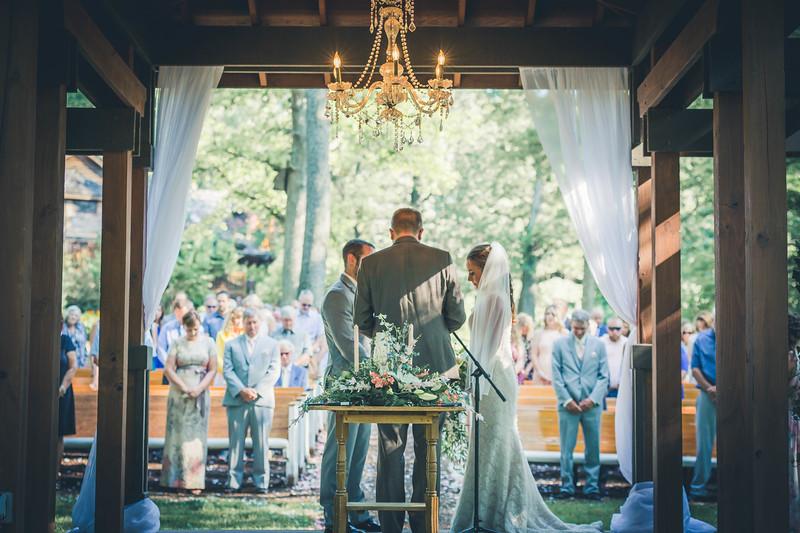 Rockford-il-Kilbuck-Creek-Wedding-PhotographerRockford-il-Kilbuck-Creek-Wedding-Photographer_G1A6731.jpg