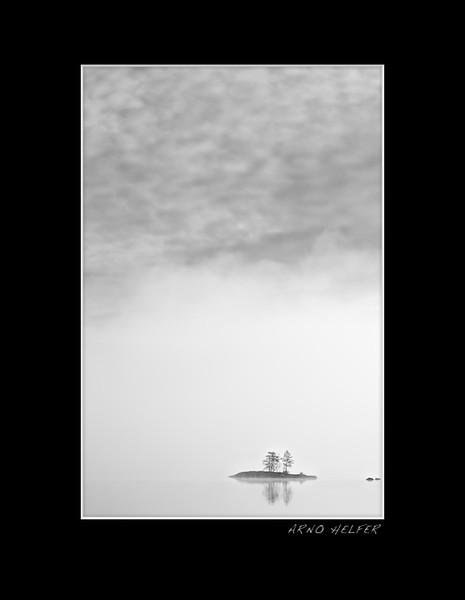 Morning fog - Insel im Frühnebel - Schweden