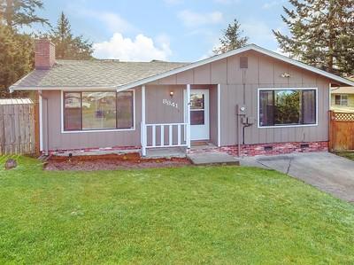 8841 S J St, Tacoma