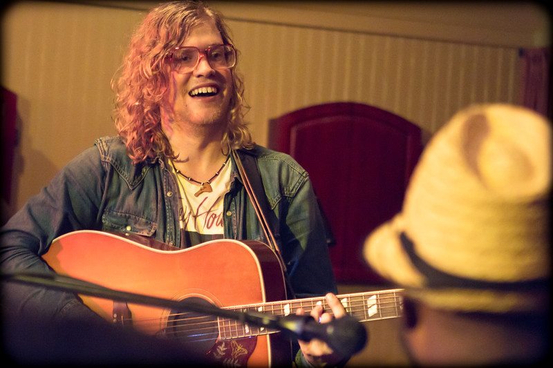 Allen Stone at Treehouse Cafe (Dec 16 2011)