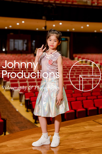 0084_day 1_orange & green shield portraits_red show 2019_johnnyproductions.jpg