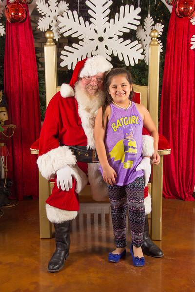 Santa 12-16-17-211.jpg