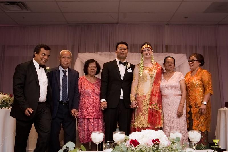 Wedding of Elaine and Jon -627.jpg