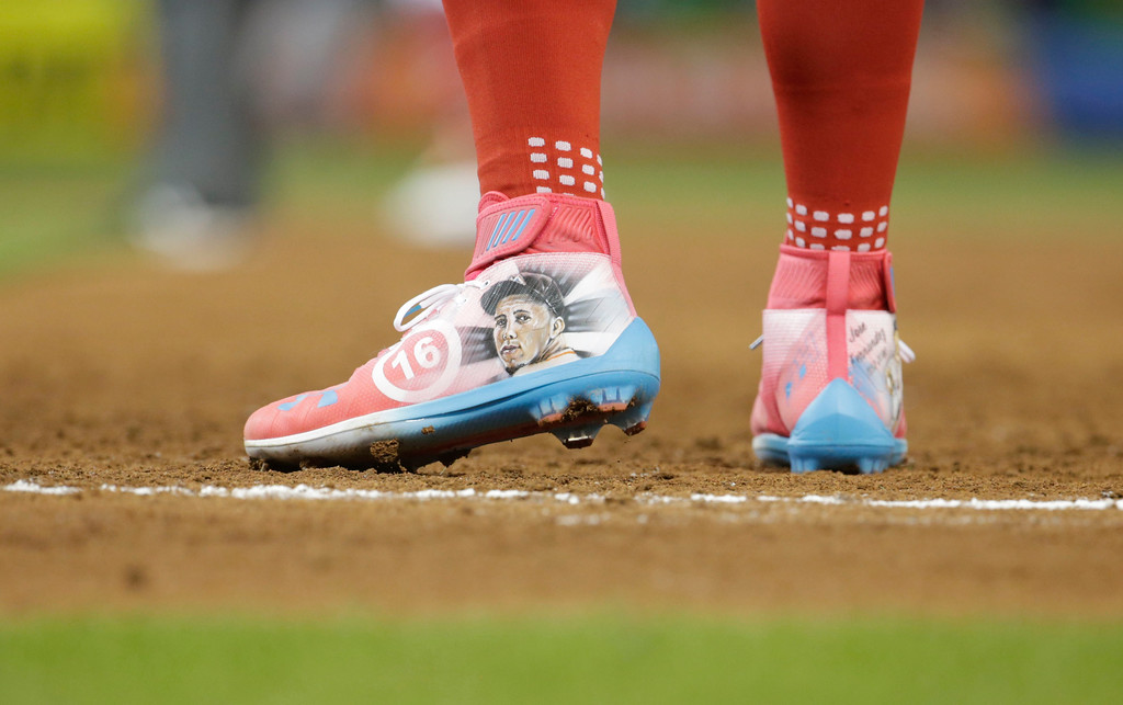 . National League\'s Washington Nationals outfielder Bryce Harper (34), wears a pair of shoes honoring Miami Marlins pitcher Jose Fernandez, during the third inning at the MLB baseball All-Star Game, Tuesday, July 11, 2017, in Miami. (AP Photo/Lynne Sladky)