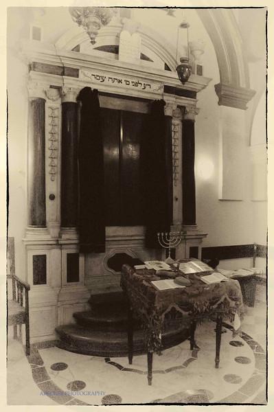 Synagogue in Split.jpg