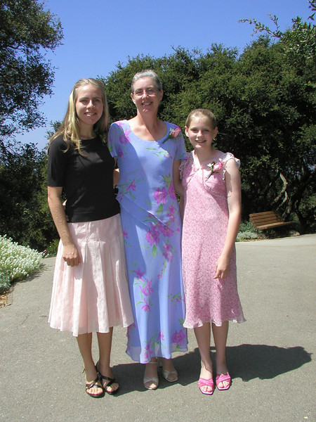 Mother & daughters.