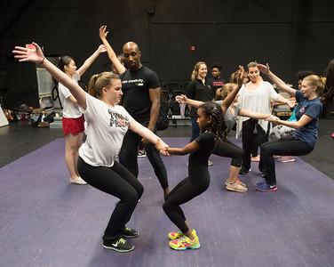 Carolyn Dorfman Dance class