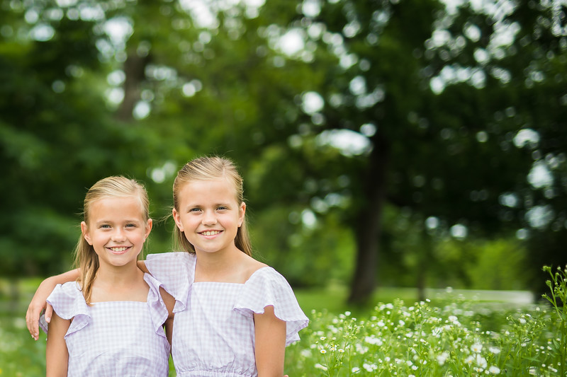 Girls in Tall Grass (4 of 6).jpg