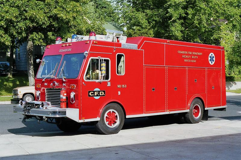CEDARBURG  SQUAD 153.jpg