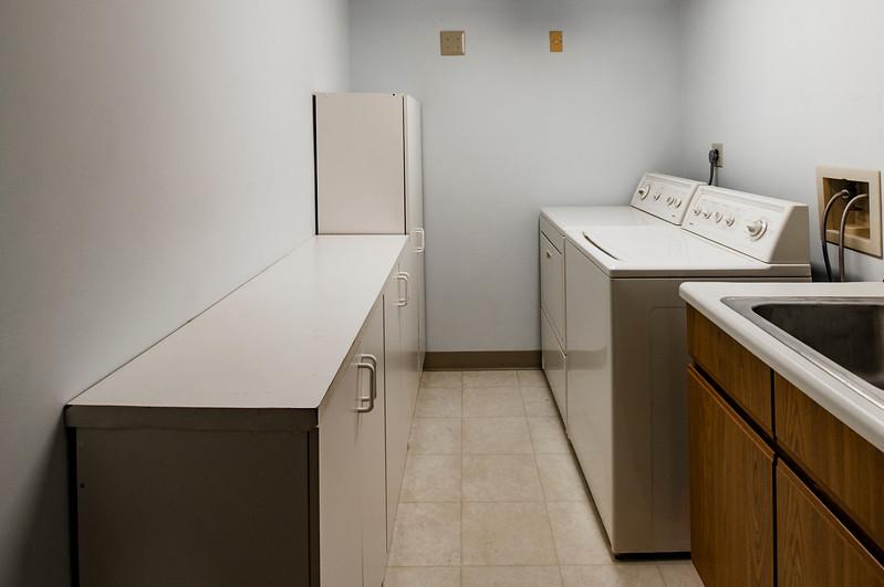 laundry1030218.jpg