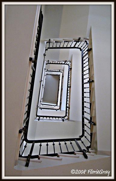 Vertigo  ©2008 FlorieGray