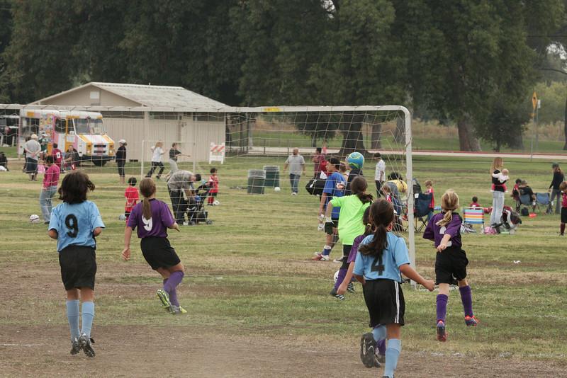 Soccer2011-09-17 10-15-16_3.JPG
