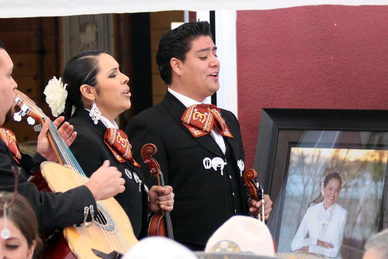 IMG_5720 mariachis.jpg
