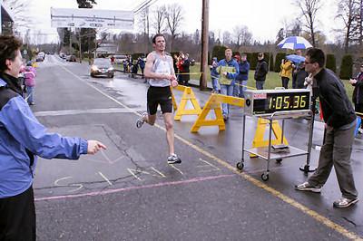 2005 Comox Valley Half Marathon - ComoxHalf2005-Al-Livsey-027.jpg